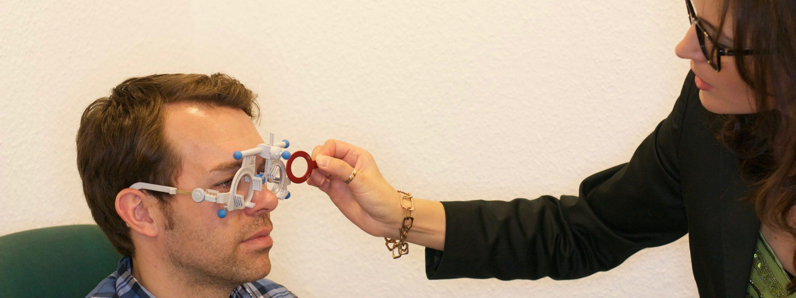 Prismenbrillen Hilfe bei ungeklärten Sehproblemen