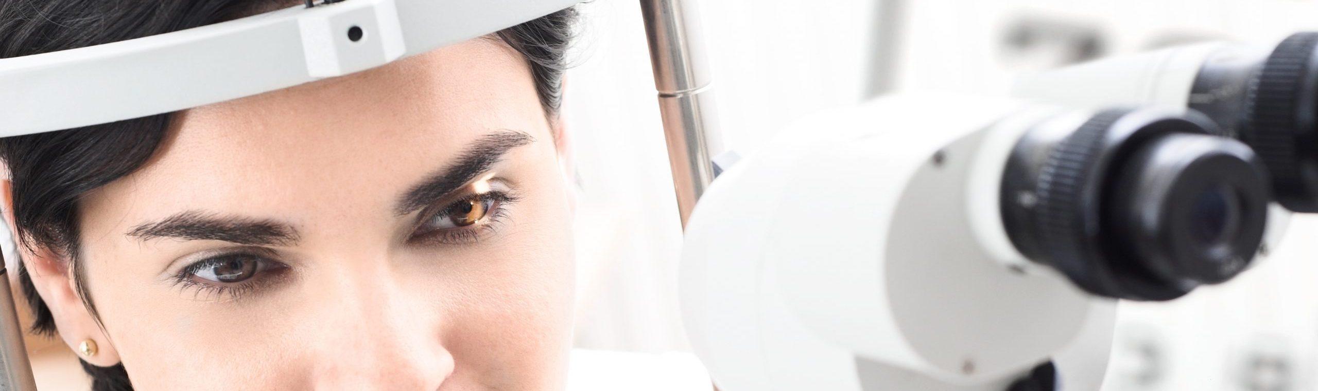 Kontaktlinsenanpassung und Nachkontrollen für Ihre Augengesundheit